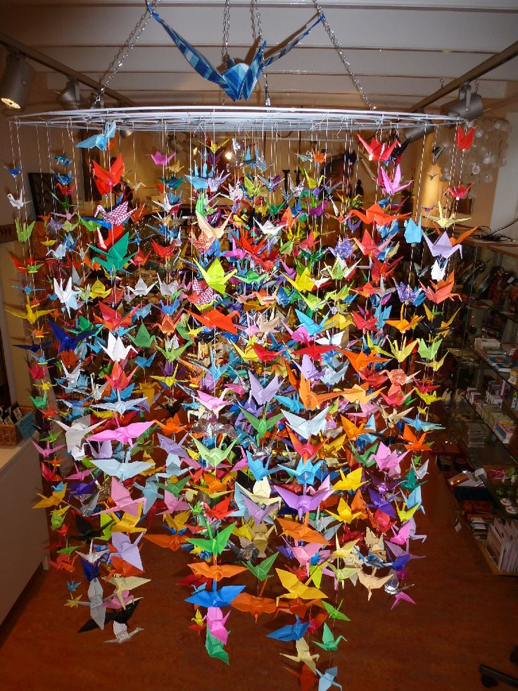 1000 images about kraanvogels on pinterest a well for 1000 paper cranes wedding decoration