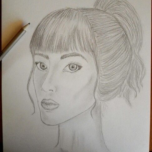 I love drawing people:3