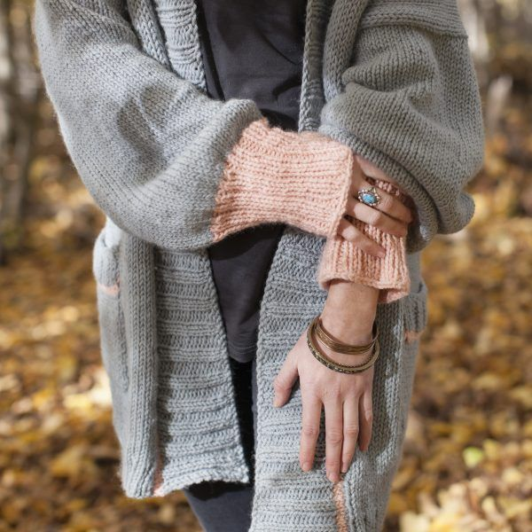 Hello Sunday Cuddle Cardigan knit in Sumptuous by The Woven Big soft sleeves in the perfect sweater for Fall
