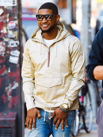 Star Tracks: Monday, October 6, 2014 | MADE IN THE SHADE | Usher flashes a big smile as he heads out in N.Y.C. on Friday.