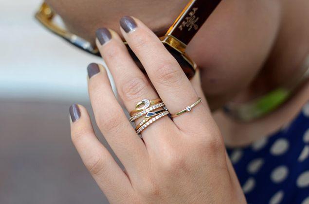 aneis empilhados 1 - Juliana e a Moda   Dicas de moda e beleza por Juliana Ali