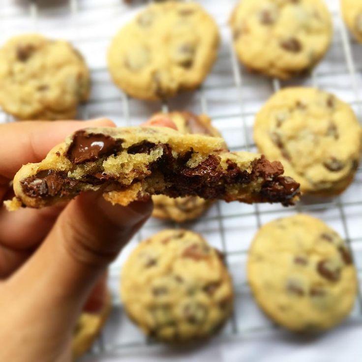 アメリカで大人気!フライパンで作れるソフトクッキーのレシピをご紹介していきます。オーブン不要でフライパンで5分ほど焼くだけなので忙しい時でもさっと作れちゃいますよ。しっとり美味しいソフトクッキーをぜひ味わってみてください。