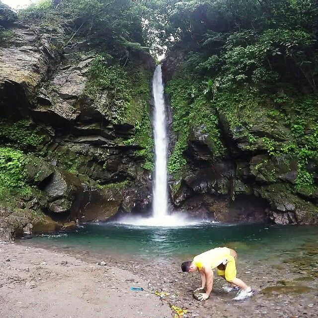 Location:  Tuasan Falls Mainit Catarman Camiguin Island. Mindanao. Philippines.  Descending Ladder of 10:  1. Burpee Stone Rows 2. Alt. Tricep Planks  Knee Tuck 3. Goblet Squat to Tricep Extention 4. Burpee Pushup Kickthrus  Perform the 1st round by 10 reps each exercise continuesly with no resting and do it over again by 9 reps each exercise. Don't stop till you reach to 1. From 10 to 1 that would be your 1st set. Maximum 3 sets!  Travel & Fitness Promotion 9.19.15  Original video: GoPro…