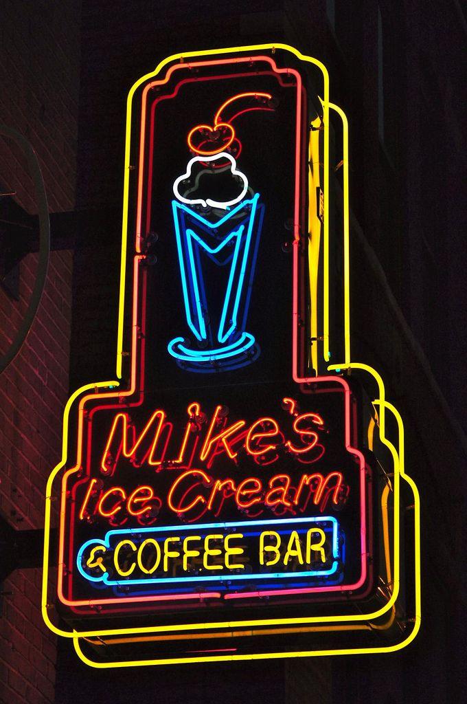 Mike's Ice Cream & Coffee Bar ~ Nashville TN