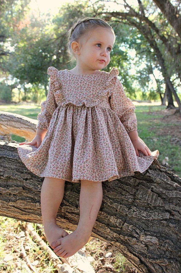 Baby Girl Dress Patterns, Little Girl Dresses, Girls Dresses, Flower Girl Dresses, Cute Baby Dresses, Baby Girl Fashion, Kids Fashion, Retro Fashion, Korean Fashion