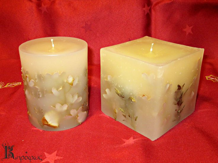 Στρογγυλό και τετράγωνο κερί. Χειροποίητα αρωματικά κεριά με χρυσά σχέδια. Έχουν άρωμα αχλάδι.