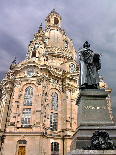 ドレスデンの聖母教会。ドイツ 観光・旅行のおすすめスポット!