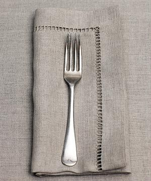 Linen tableware by choice.