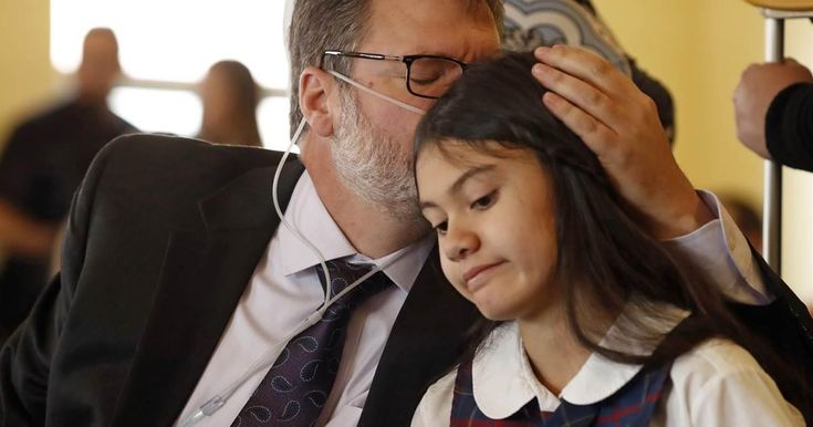 #repost This was my FAVORITE breakthrough for 2017. When a child stands up against thugs its life altering.....and Law Altering.....Alexis Bortell is a Hero <3 We Love Her!!!!!!  https://www.nbcnews.com/news/us-news/12-year-old-sues-u-s-attorney-general-jeff-sessions-n820466 #cannalovers #cannabis #canna #welovecannabis #lovecanna
