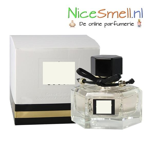 Tijd voor een spelletje; 'Raad je geurtje'. Welk parfum is dit? Reageer met de naam, Repin als je het een lekker geurtje vindt... Tip; kijk op www.nicesmell.nl