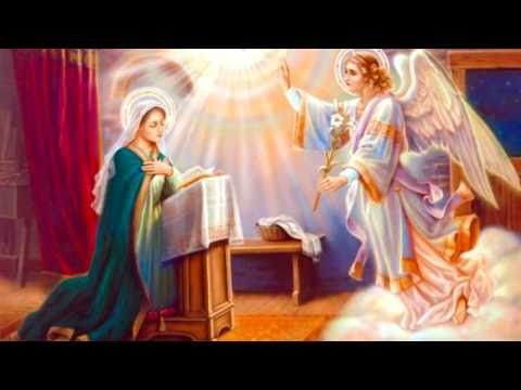 wow  Elvis Presley singing the Hail Mary! 2 minutes; Miracle of the Rosary