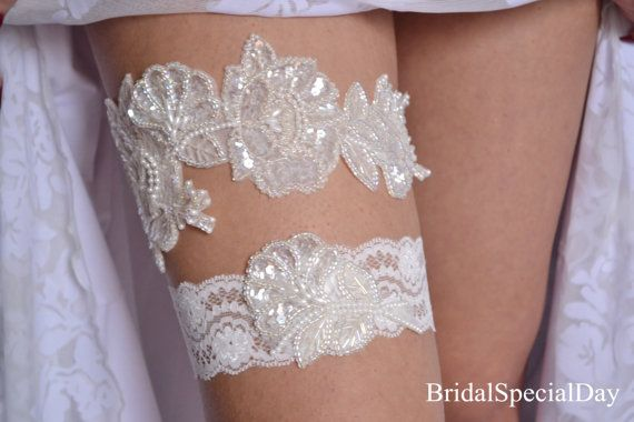 White  Ivory Bridal Garter Pearl Garter by BridalSpecialDay, €45.00
