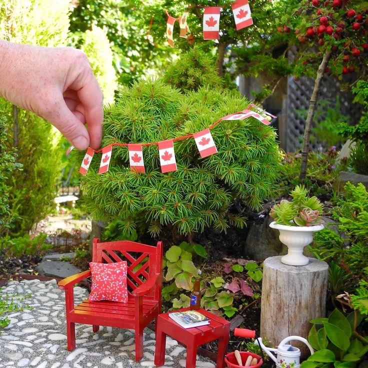 Canada Flag Banner For Miniature Garden Or Fairy Garden, Printable