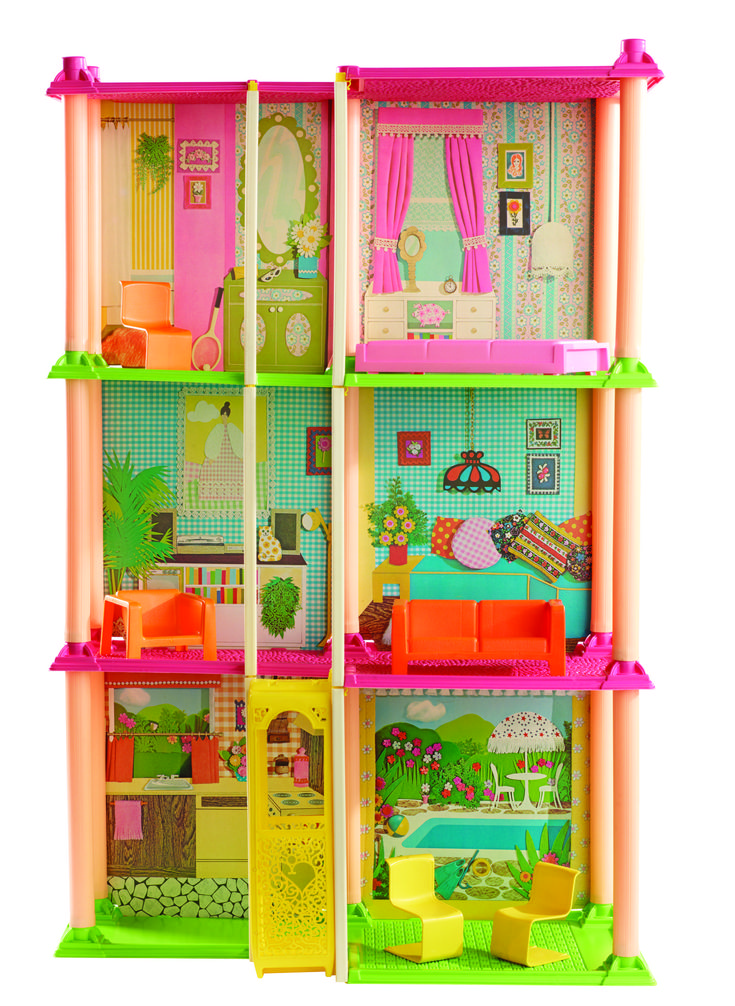 1970s Barbie Dreamhouse Town House. I didn't have this, but my cousin @Michelle Morgan did and we played with it for hours!