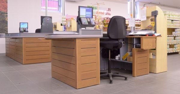 10 id es propos de meuble vitrine sur pinterest for Bio concept meubles
