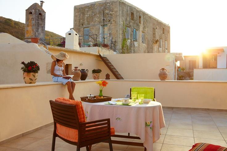 Villa Euphoria Rethymno Crete  Balcony  villa-crete.gr