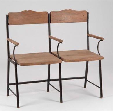 Fauteuil ciné Manufacture Bois & métal http://www.abcd-aire.com/Canapes_fauteuils.htm