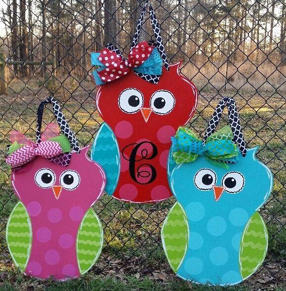 Door decoration owl with monogrammed initial, door hanger , summer door decoration by Thepolkadotteddoor on Etsy https://www.etsy.com/listing/274552224/door-decoration-owl-with-monogrammed