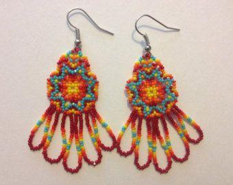 Handgemaakte Indiaanse Beaded Earrings van PeacefulBeadwork op Etsy