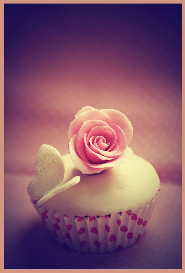 cupcake besito de rosa