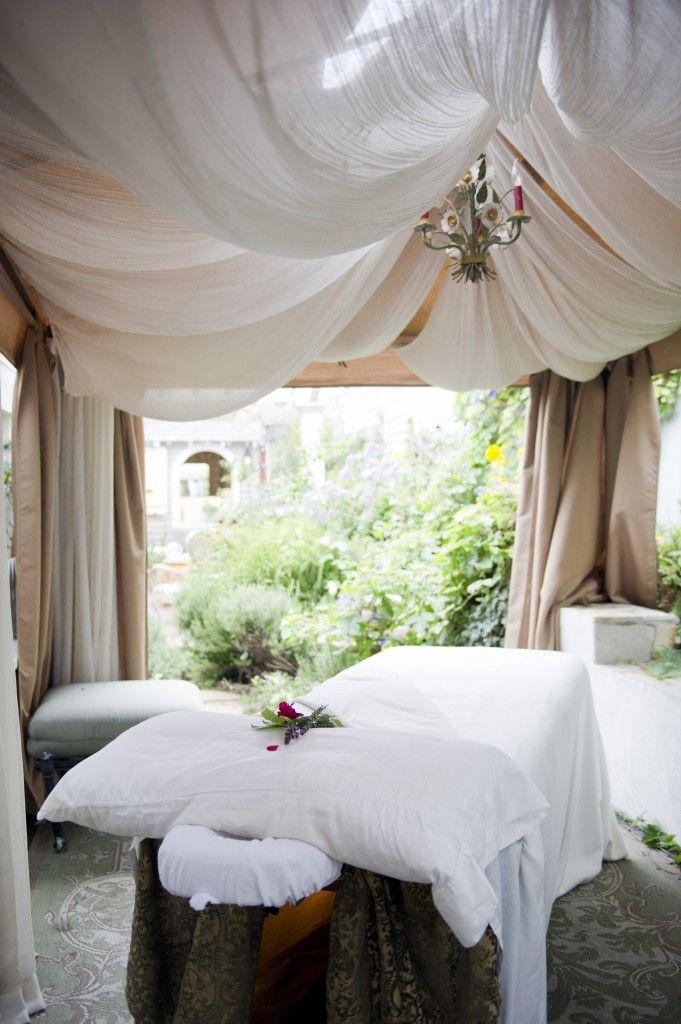 Best 25+ Spa room decor ideas on Pinterest   Spa rooms ...