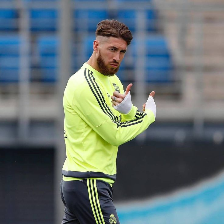 cool 35 Cool Sergio Ramos Haircuts - Inspirational Ideas Check more at http://machohairstyles.com/best-sergio-ramos-haircut/