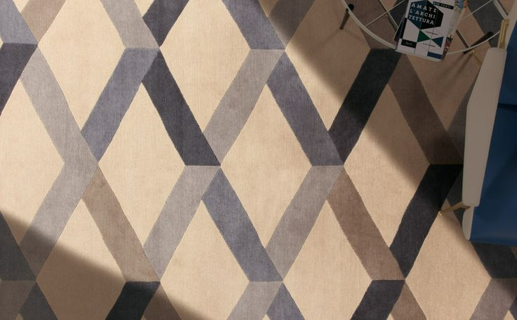 Incroci - Magnificent carpet inspired by geometrical pattern of #GioPonti