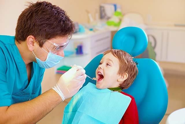 """Pediatric Dentist Difference. Many families are unaware that a difference exists. The American Dental Association defines pediatric dentistry as """"an age-defined specialty that provides both primary and comprehensive preventive and therapeutic oral health care for infants and children through adolescence, including those with special health care needs.""""  General dentists and pediatric dentists both attend dental school but pediatric dentists go on to a pediatric residency where they receive…"""