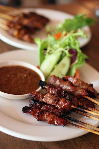 made's warung - beef and pork sate