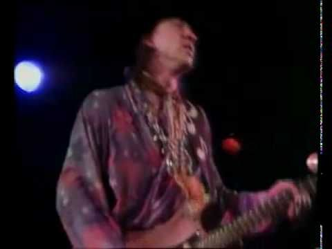 STEVIE RAY VAUGHAN - Texas Flood (long version) - the one and only; easy to see why Clapton found him intimidating to follow