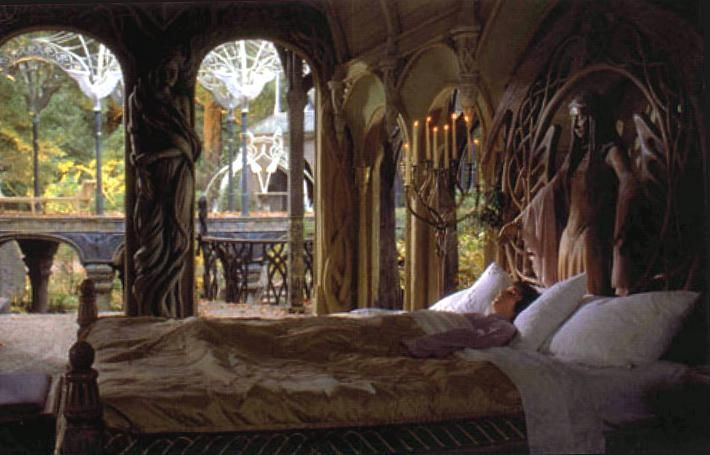 Rivendell interior lord of the rings bedroom rivendell for Lord of the rings bedroom ideas