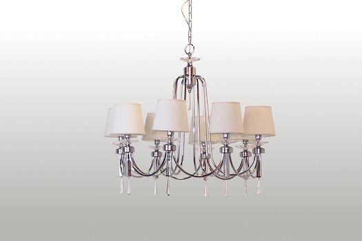 Lampadario realizzato dalla Basile design su commissione e disegno di un cliente privato Lampadario in metallo e ottone con paralumi in stoffa e finiture in cristallo.