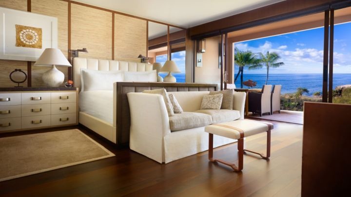 Four Seasons Resort Lanai, among the best resorts in Hawaii, located on a bluff overlooking the ocean, offering 213 luxury guest rooms, including 45 suites.