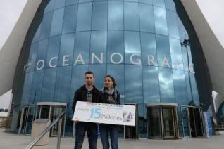 Valerio y Bárbara, de 21 años, han podido acceder también a la zona técnica del #Oceanografic y a degustar arroces en el #restaurante Submarino