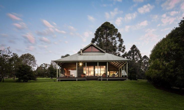 #Bunya #Mountains #Accommodation #Centre. The immense #subtropical range of cool, green #rainforest, #eucalypt forests and #woodlands is home to the world's largest #forest of #bunya pines.