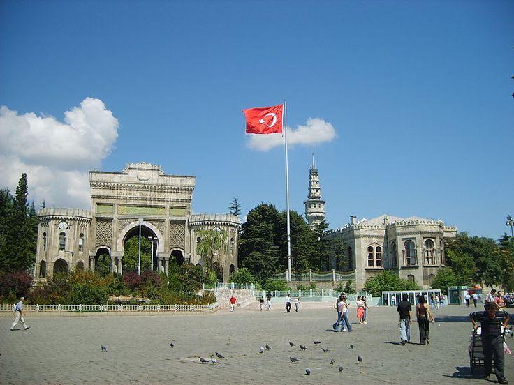 Universidade de Istambul  İstanbul Üniversitesi - Turquia – Wikipédia, a enciclopédia livre
