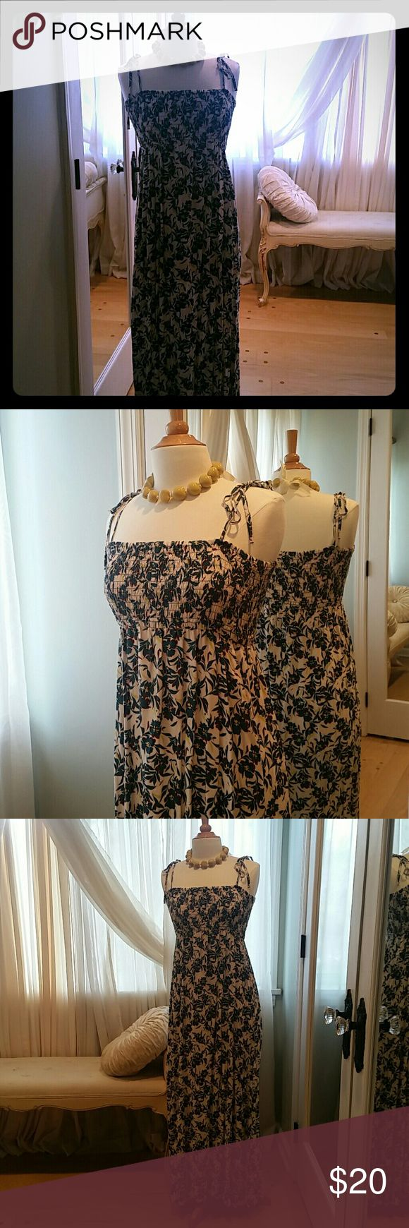 Uniqlo Long floral dress with thin tie straps Beautiful long sundress with blue flowers.  Ties at shoulders . Uniqlo Dresses Maxi