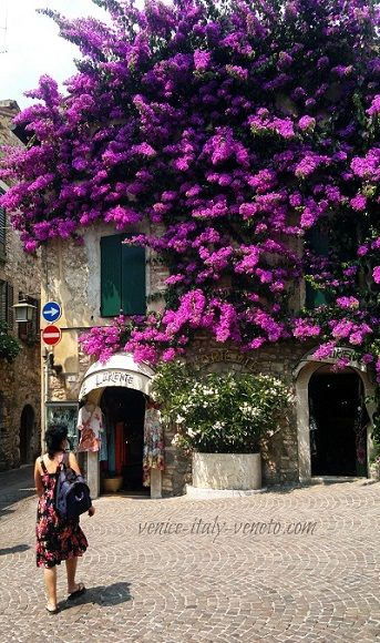 Sirmione - a little Italian paradise awaits