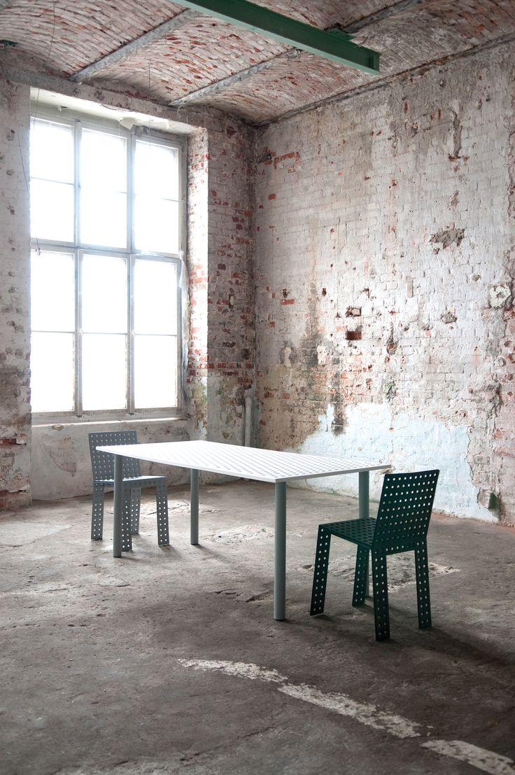 3+ system - Nowa Papiernia  photo: Jędrzej Stelmaszek  chairs: https://shop.zieta.pl/pl,p,27,96,_chair.html  table: https://shop.zieta.pl/pl,p,27,100,_table.html