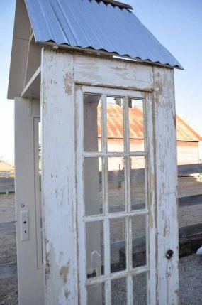 old door arbor via junkmarketstyle.com