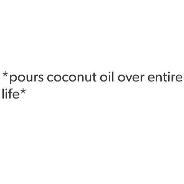 Oh yes.... Meine Liebeserklärung an Kokosöl: http://www.greensoul.de/kokosoel-eine-liebeserklaerung/