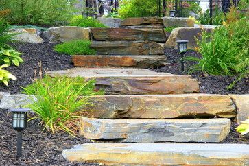 Landscape walkout basement pavers retaining walls Walkout basement landscaping pictures