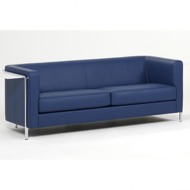 die besten 25 zweisitzer sofa ideen auf pinterest gr ne kontakte couch und zweisitzer und. Black Bedroom Furniture Sets. Home Design Ideas