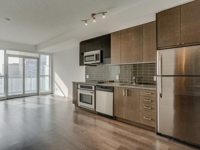 Exquisite Condo In Mount Pleasant East Condo Chicks Condo Mount Pleasant Open Concept