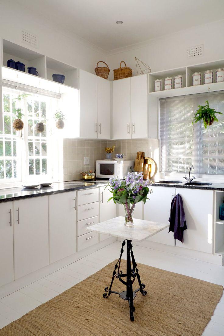 9 best Modern Vanities images on Pinterest | Bedrooms, Vanity tables ...