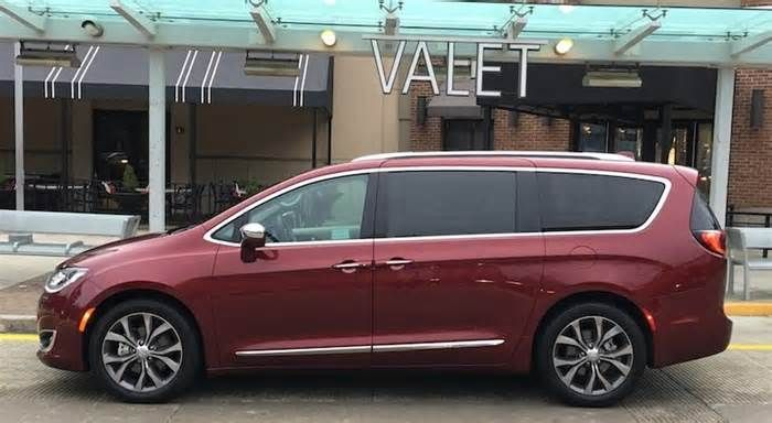 2017 Chrysler Pacifica Review: This Minivan Crushes Stereotypes #chrysler #pacifica #review #minivan #crushes #stereotypes