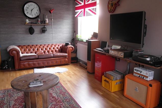 Vardagsrum med inspiration av replokal och 70-tal | FridaSofia