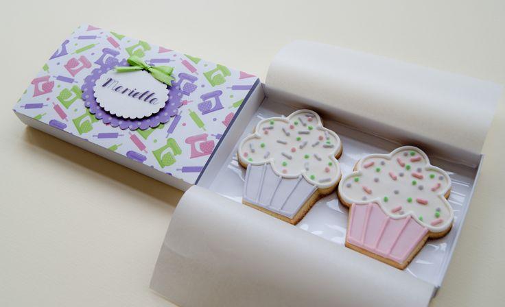 chef box with cupcake cookies https://www.facebook.com/pages/Minù-Minù-collezioni-artistiche/1441713376099936