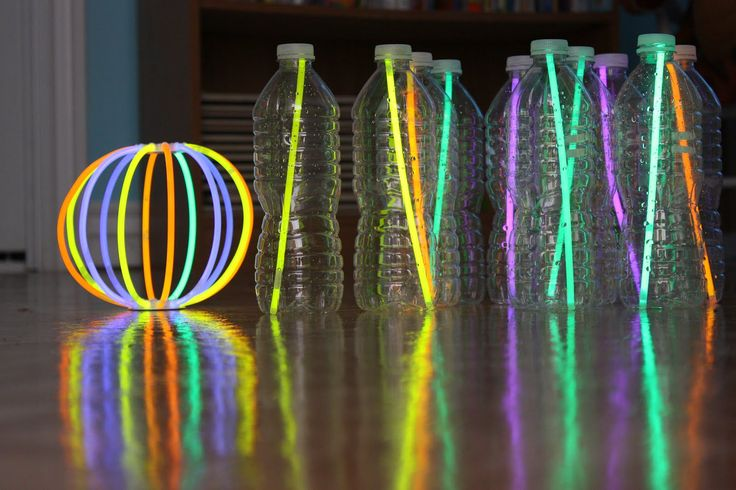 An easy and fun Glow Bowling idea for a fun Glow Party game! Use the Glow Stick Ball included in the Glow Bracelet Craft Party Pack! https://glowproducts.com/us/glow-party-pack