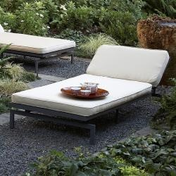 The 25 best midcentury outdoor chaise lounges ideas on for Alyssa outdoor chaise